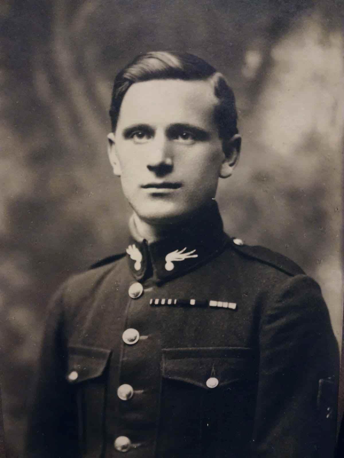 Edmund Grau (1896 – 1927)  – legionář v Rusku a četník